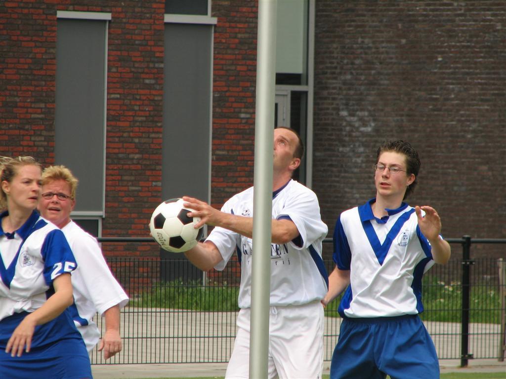 2008-06-01 Tilburg5-Mariarade2-3